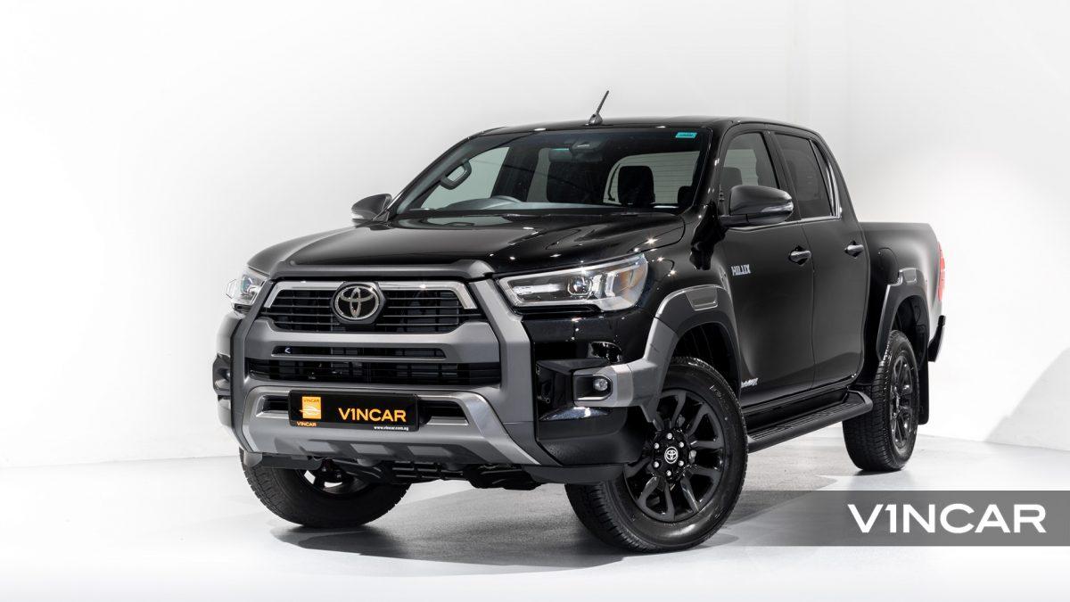Toyota Hilux Double Cab Auto Invincible X (FL2021) - Front Angle