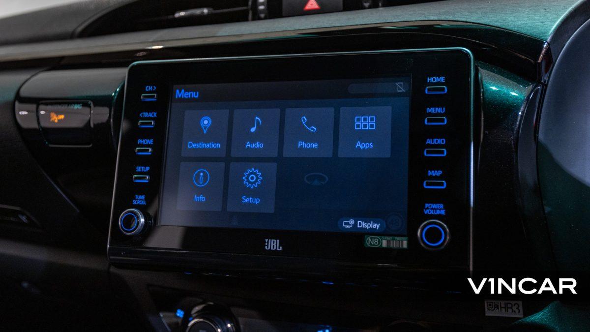 Toyota Hilux Double Cab Auto Invincible X (FL2021) - Infotainment