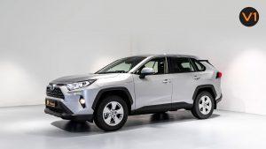 Toyota RAV4 2.5 GX Hybrid - Front Angle
