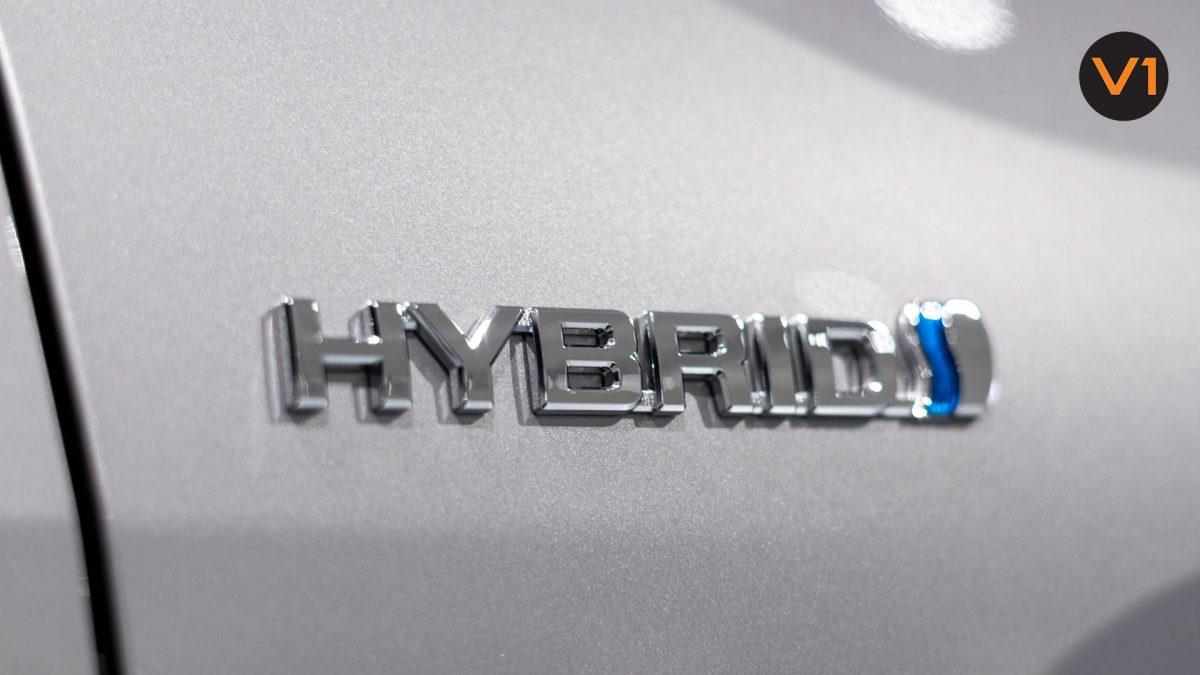 Toyota RAV4 2.5 GX Hybrid - Hybrid Badge