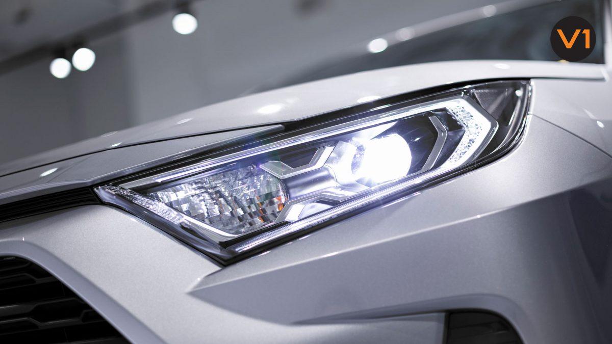 Toyota RAV4 2.5 GX Hybrid - LED Headlight
