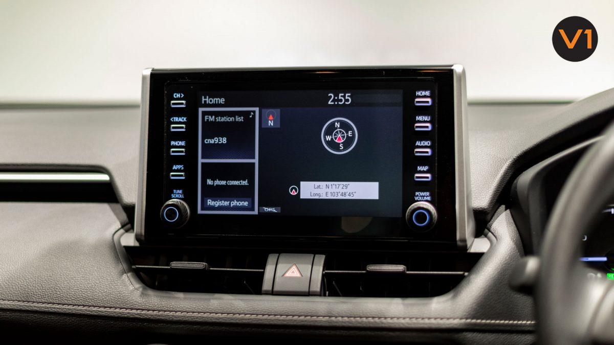 Toyota RAV4 2.5 GX Hybrid - Media Display