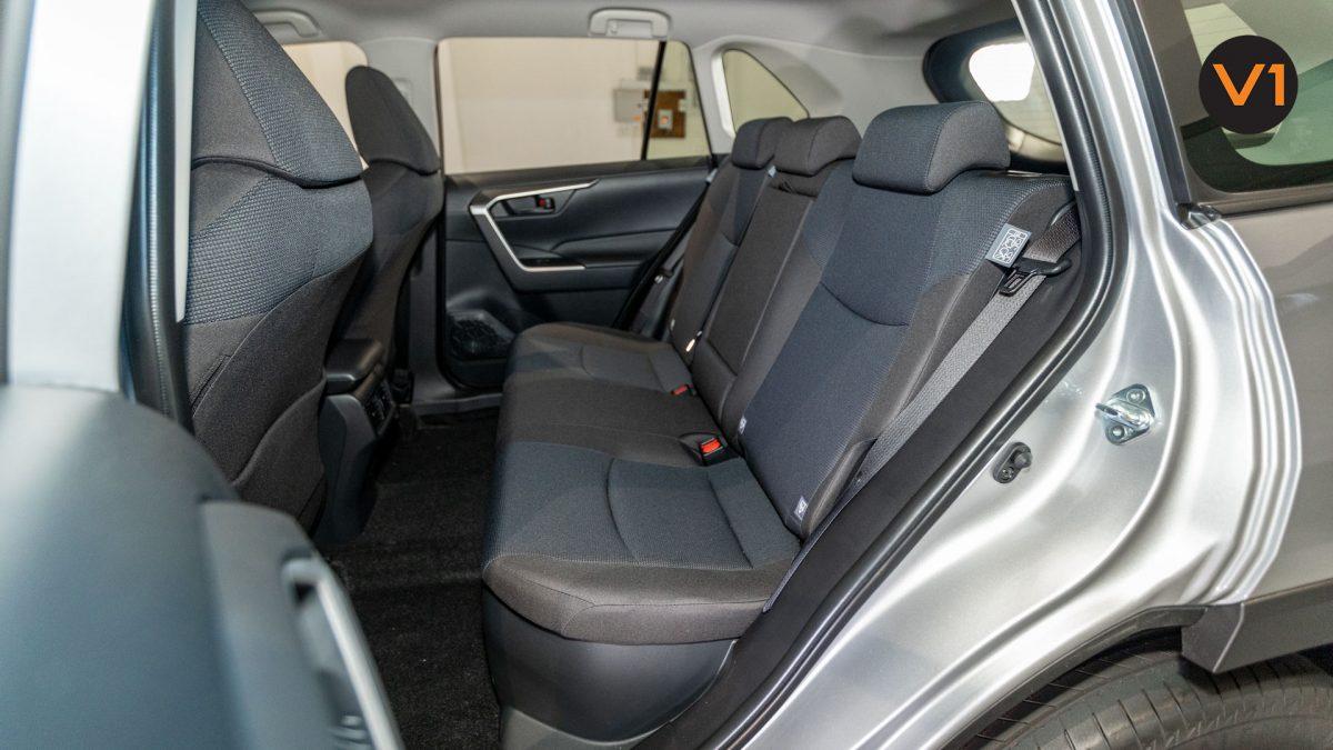 Toyota RAV4 2.5 GX Hybrid - Rear Seat