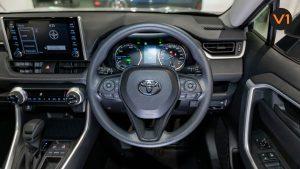 Toyota RAV4 2.5 GX Hybrid - Steering Wheel