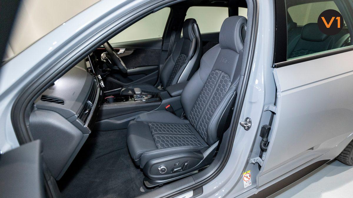 AUDI RS 4 AVANT - Front Passenger Seat