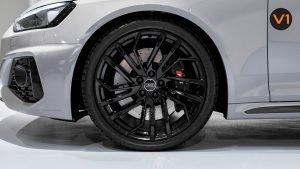 AUDI RS 4 AVANT - Wheel