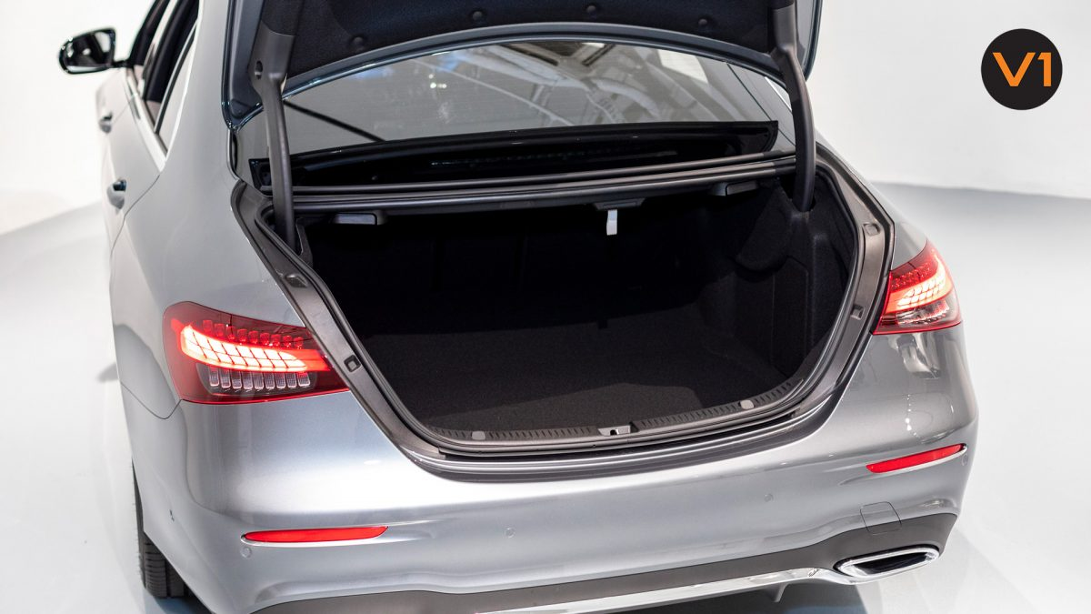 Mercedes-Benz E220D Saloon AMG - Boot Space