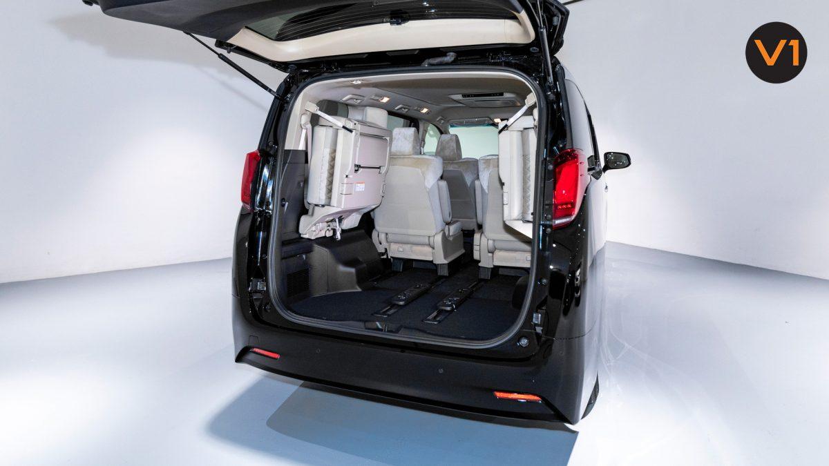 Toyota Alphard 2.5X Hybrid 7-Seater (FL2020) - Boot Cargo Space