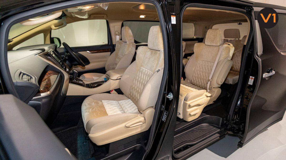 Toyota Alphard 2.5X Hybrid 7-Seater (FL2020) - Front Seat