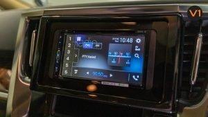 Toyota Alphard 2.5X Hybrid 7-Seater (FL2020) - Infotainment