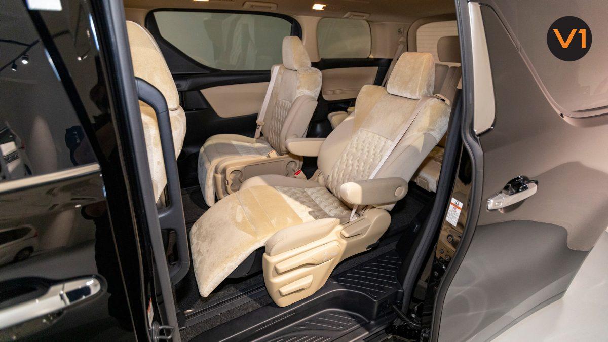 Toyota Alphard 2.5X Hybrid 7-Seater (FL2020) - Passenger Seat