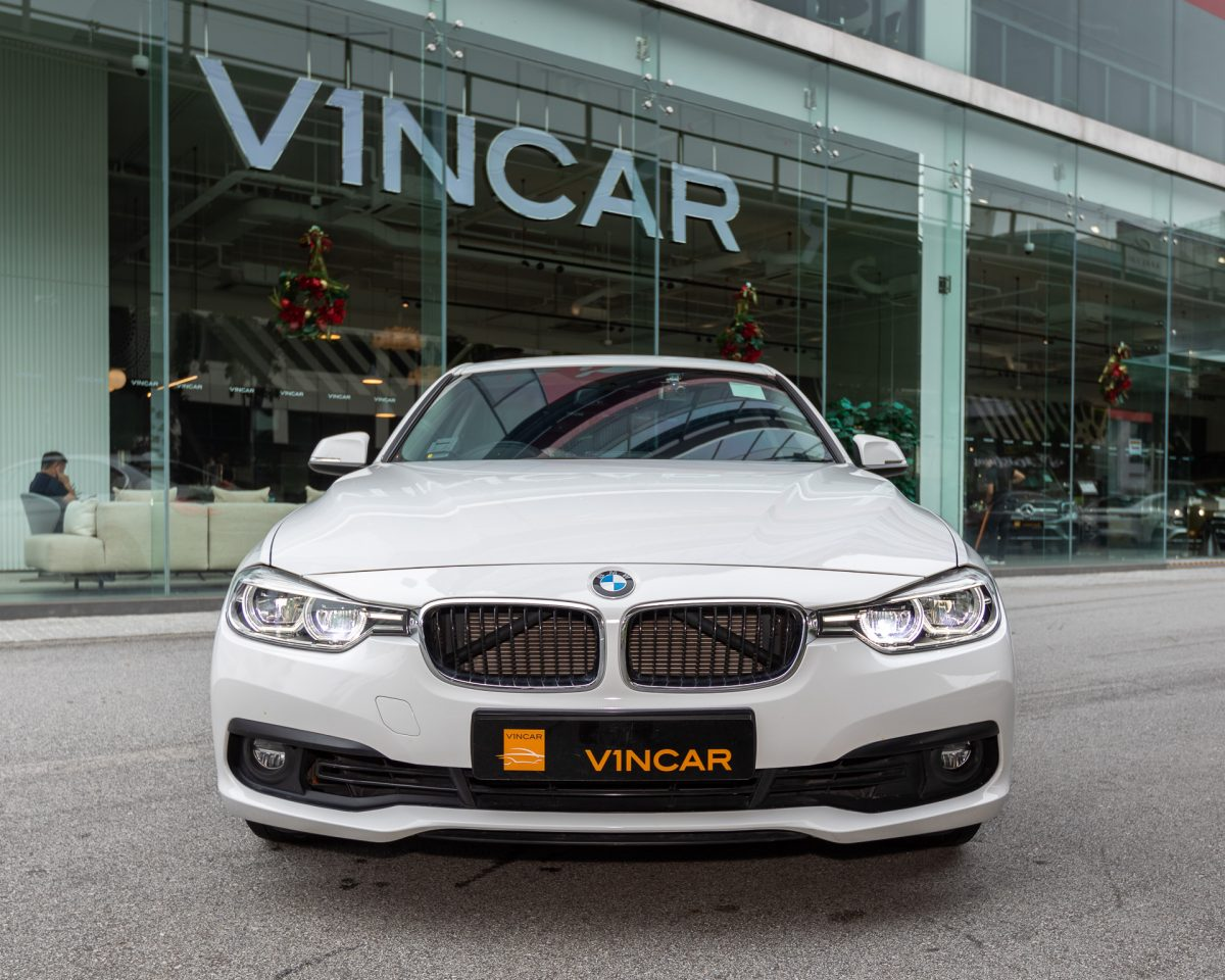 BMW 318i - Front Direct