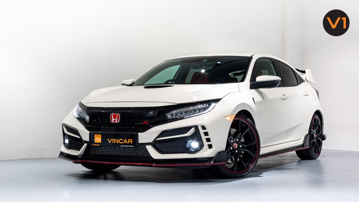 Honda Civic 2.0 Type R GT (FL2020) - Front Angle