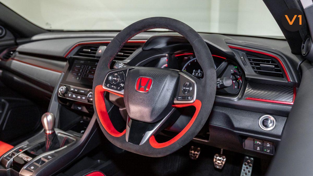 Honda Civic 2.0 Type R GT (FL2020) - Type R Leather Sports Steering Wheel