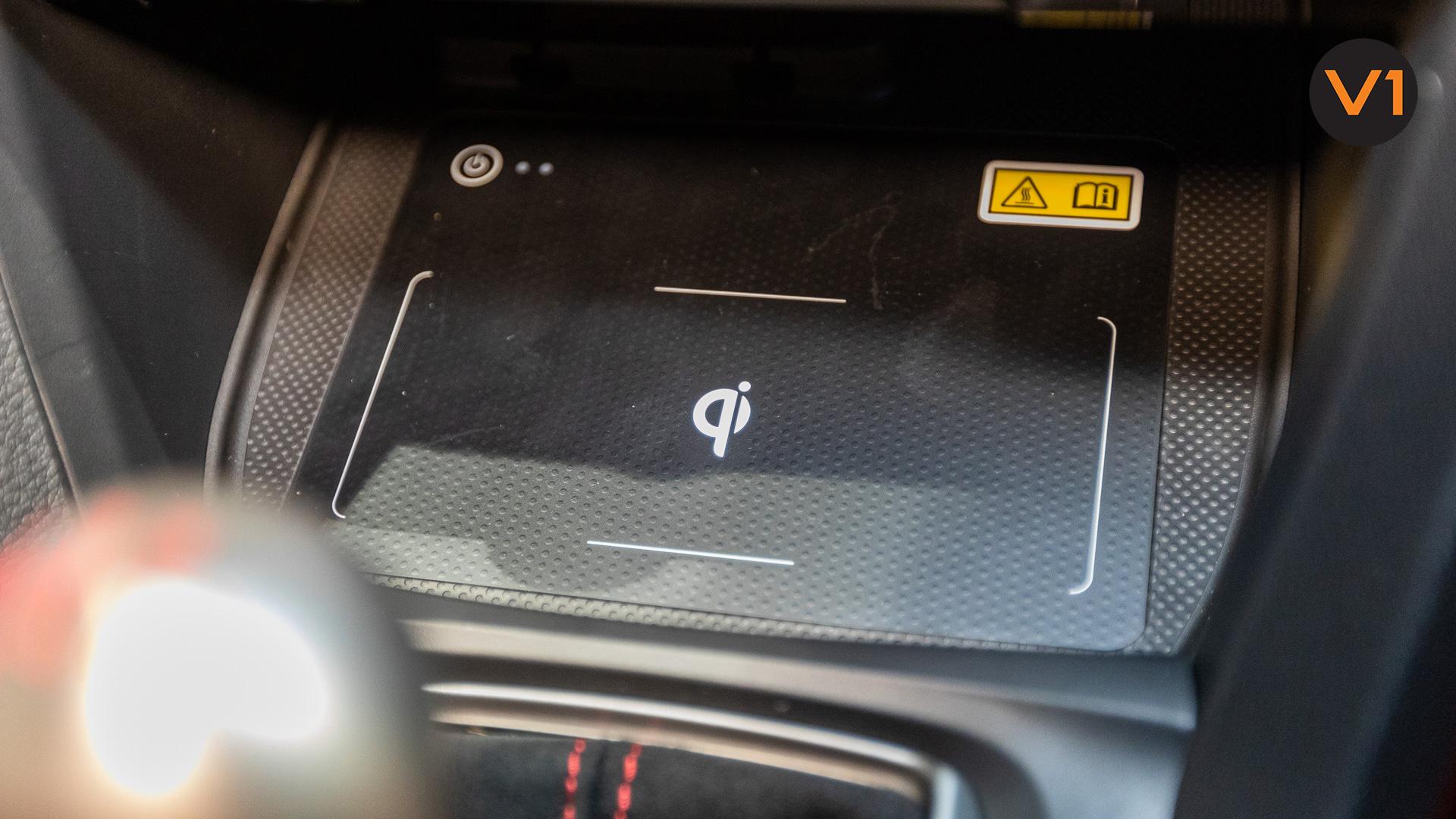 Honda Civic 2.0 Type R GT (FL2020) - Wireless Charging