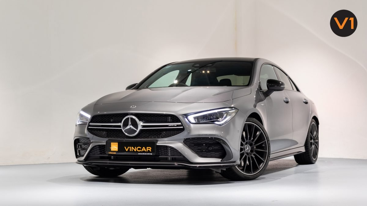 Mercedes-AMG CLA35 Coupe AMG 4Matic Premium Plus - Front Angle