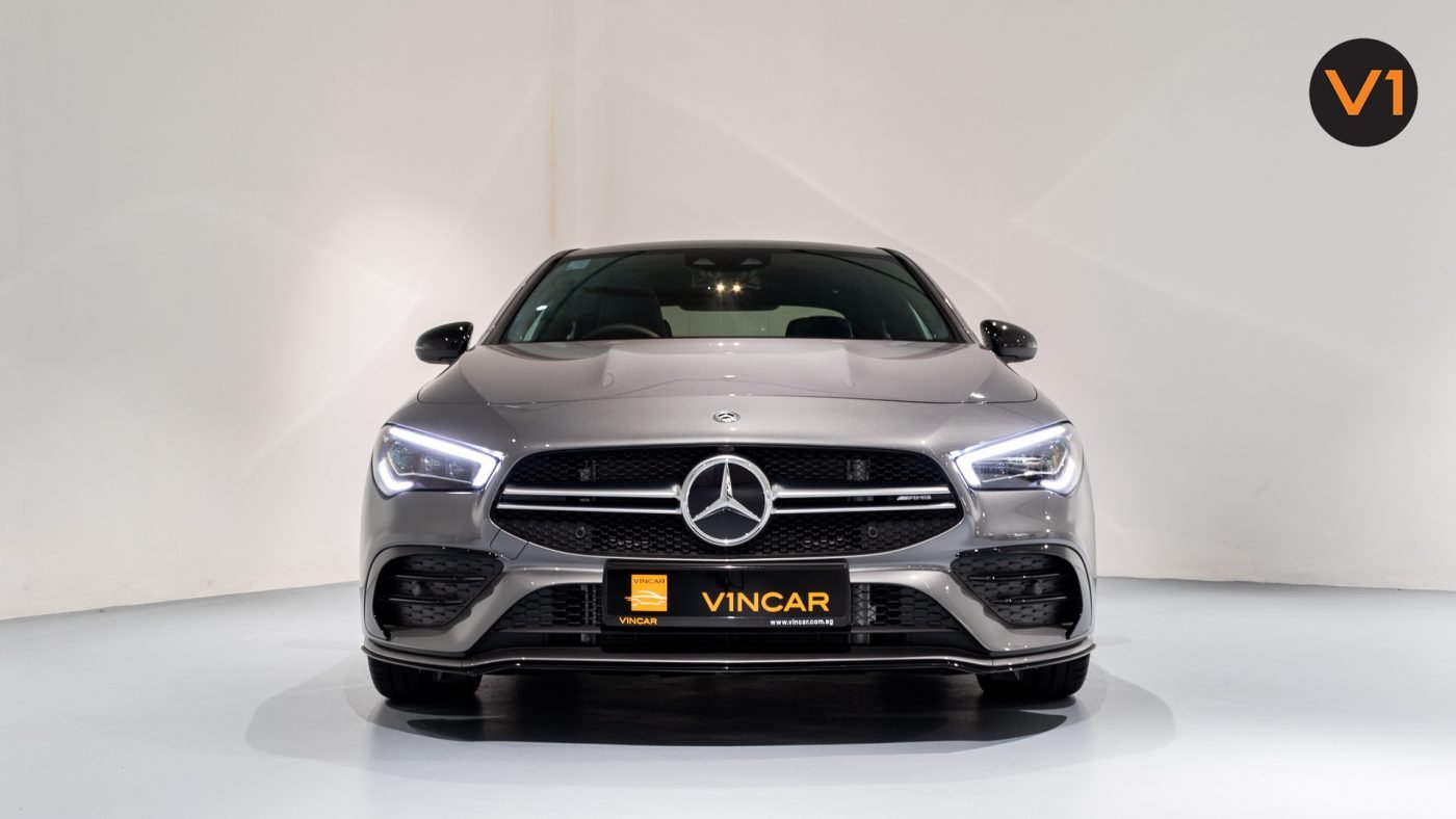 Mercedes-AMG CLA35 Coupe AMG 4Matic Premium Plus - Front Direct