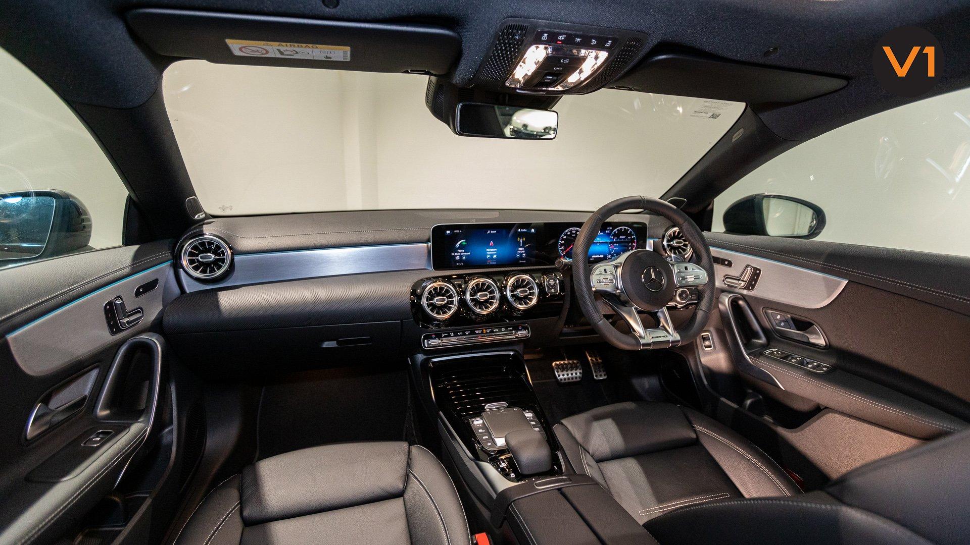 Mercedes-AMG CLA35 Coupe AMG 4Matic Premium Plus - Interior Dash