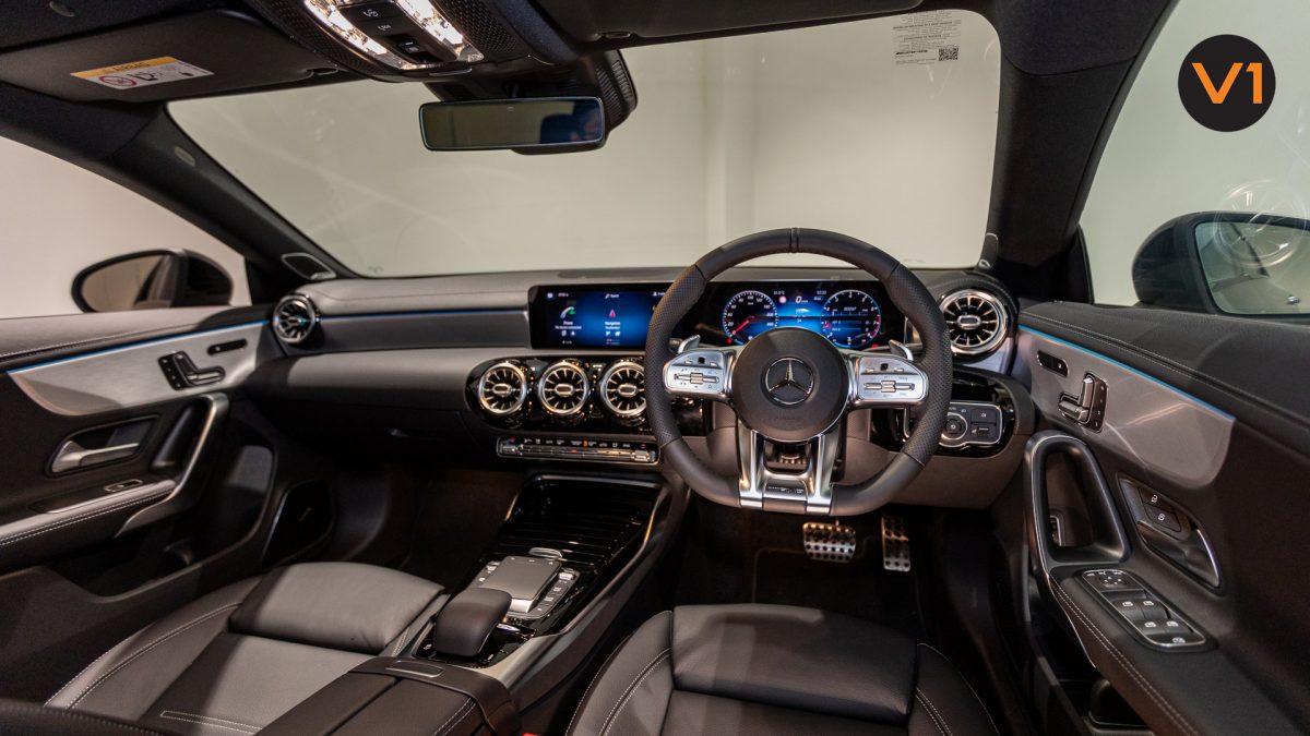 Mercedes-AMG CLA35 Coupe AMG 4Matic Premium Plus - Interior Dash(1)