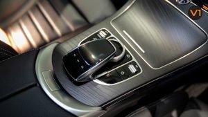Mercedes-Benz C200 Saloon AMG Premium Night Edition - Centre Console