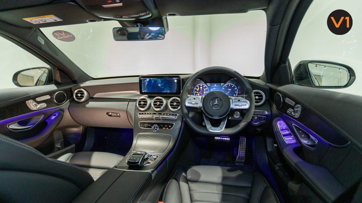 Mercedes-Benz C200 Saloon AMG Premium Night Edition - Interior Dash