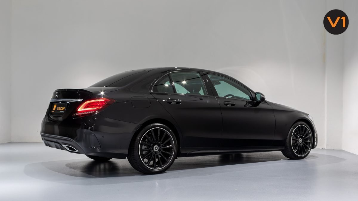 Mercedes-Benz C200 Saloon AMG Premium Night Edition - Rear angle 2