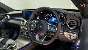 Mercedes-Benz C200 Saloon AMG Premium Night Edition - Steering wheel