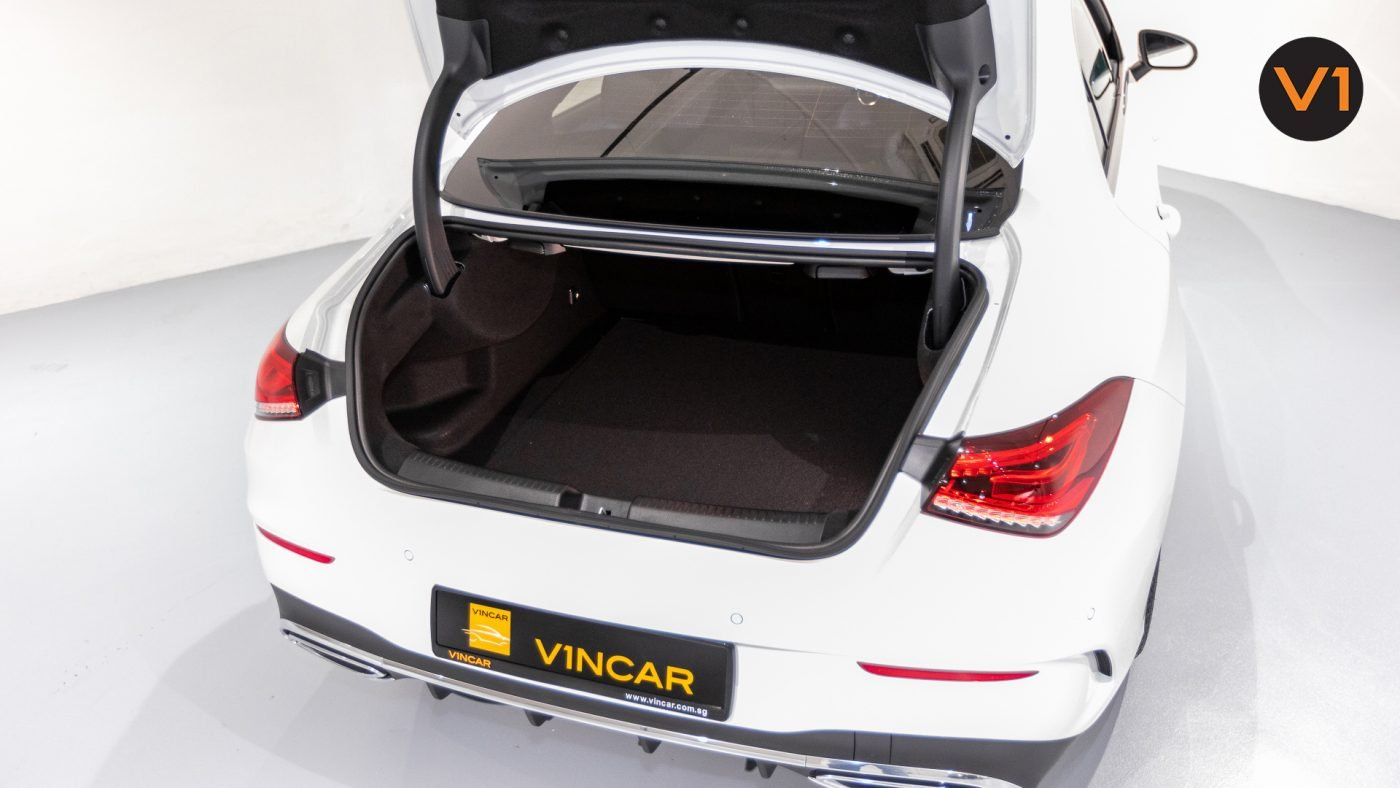 Mercedes-Benz CLA180 Coupe AMG - Boot Space