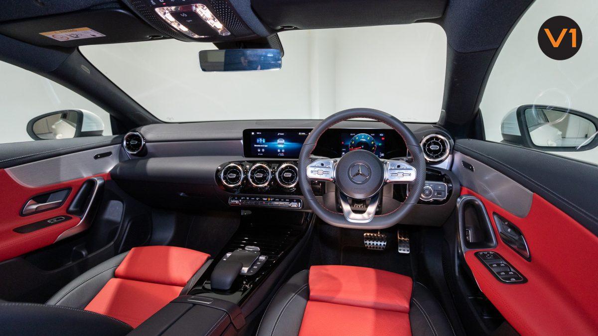 Mercedes-Benz CLA180 Coupe AMG - Interior Dash