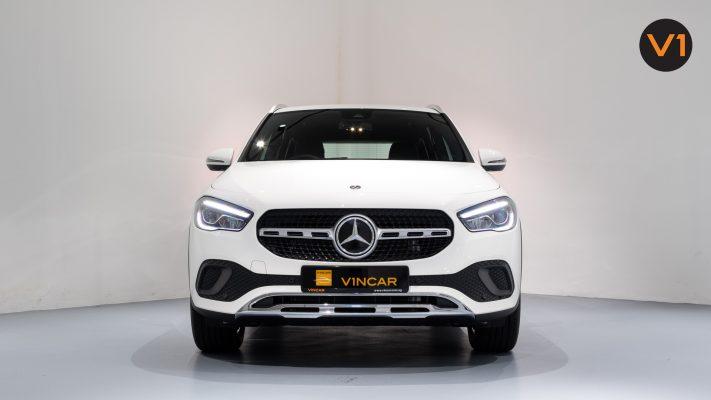Mercedes-Benz GLA200 Sport Executive (FM2021) - Front Direct