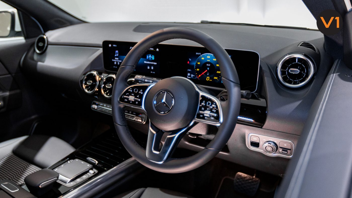 Mercedes-Benz GLA200 Sport Executive (FM2021) - Steering Wheel