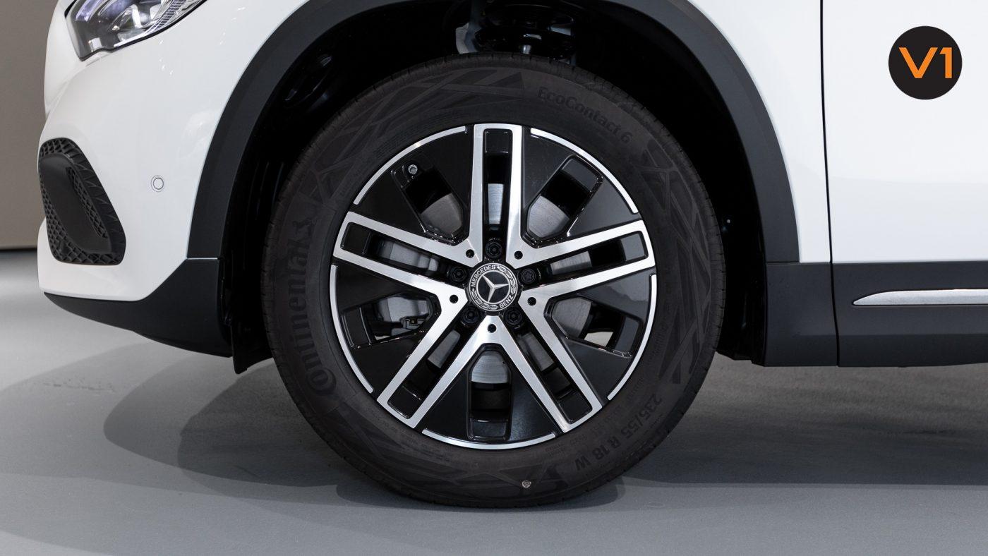 Mercedes-Benz GLA200 Sport Executive (FM2021) - Wheels
