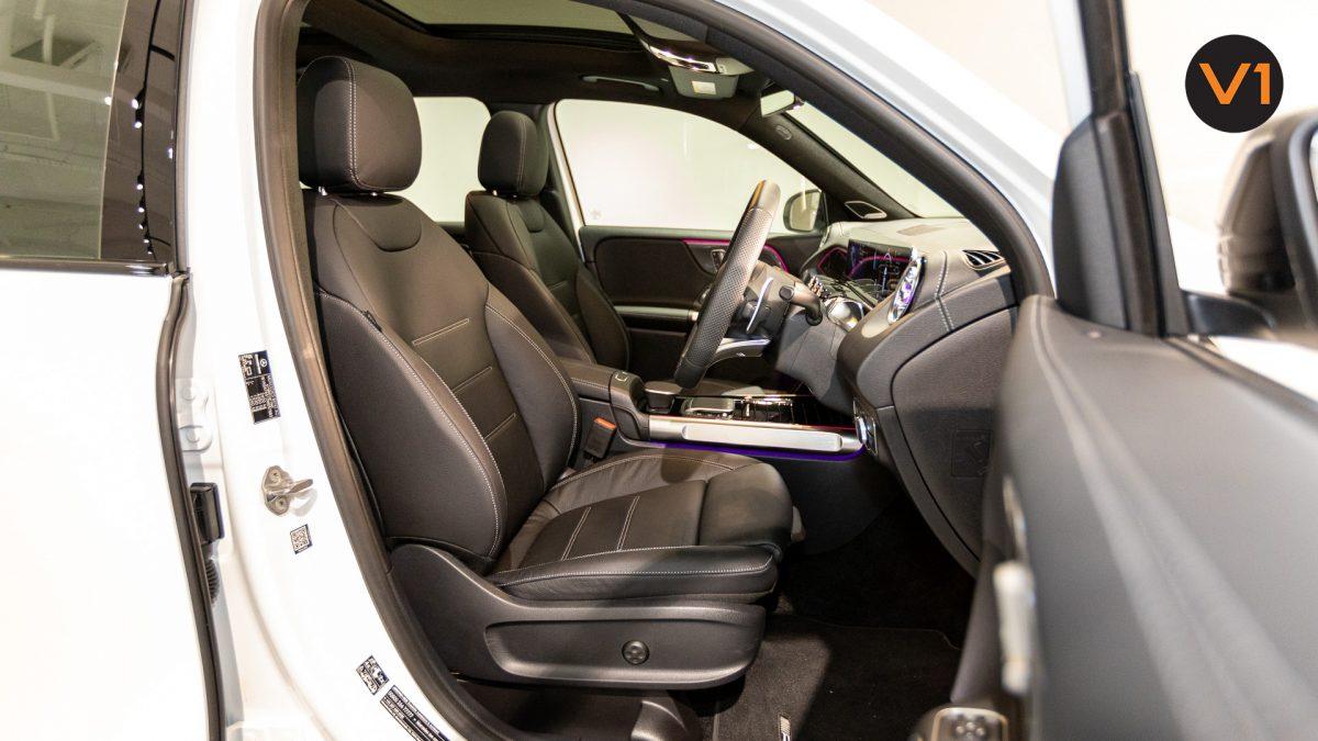 Mercedes-AMG GLB35 AMG 4MATIC Premium Plus - Driver Seat