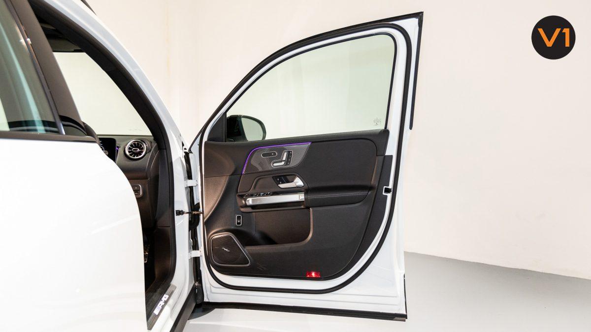 Mercedes-AMG GLB35 AMG 4MATIC Premium Plus - Front Door