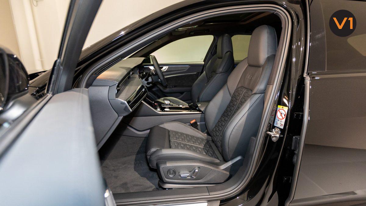 Audi RS 6 Avant - Front Passenger Seat