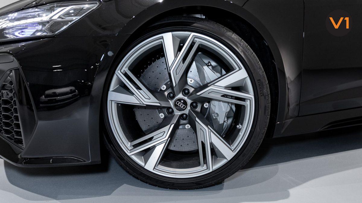 Audi RS 6 Avant - Wheels