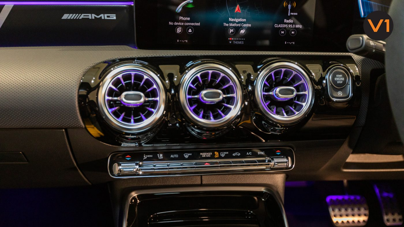 Mercedes-AMG CLA45 S Coupe AMG 4Matic+ Plus (Sun Yellow) - HVAC System