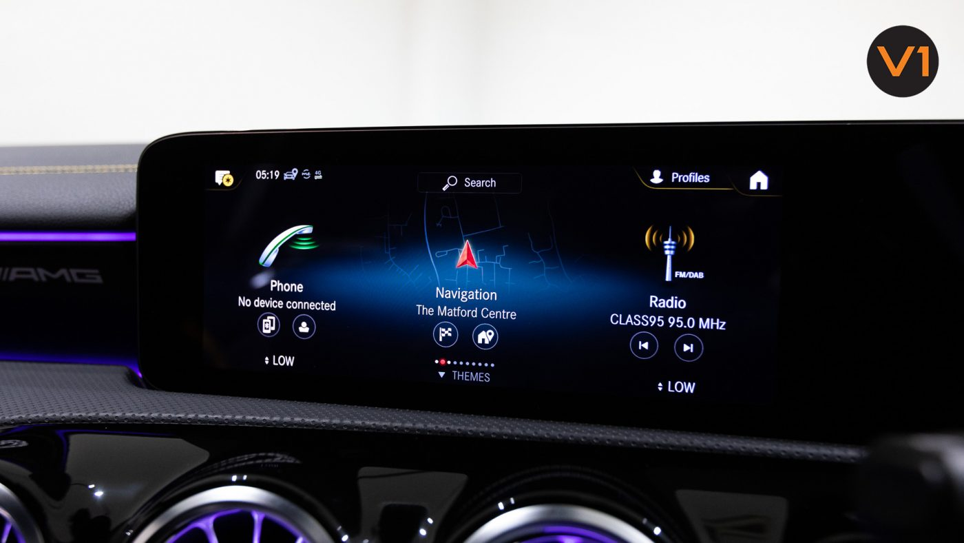 Mercedes-AMG CLA45 S Coupe AMG 4Matic+ Plus (Sun Yellow) - Infotainment System
