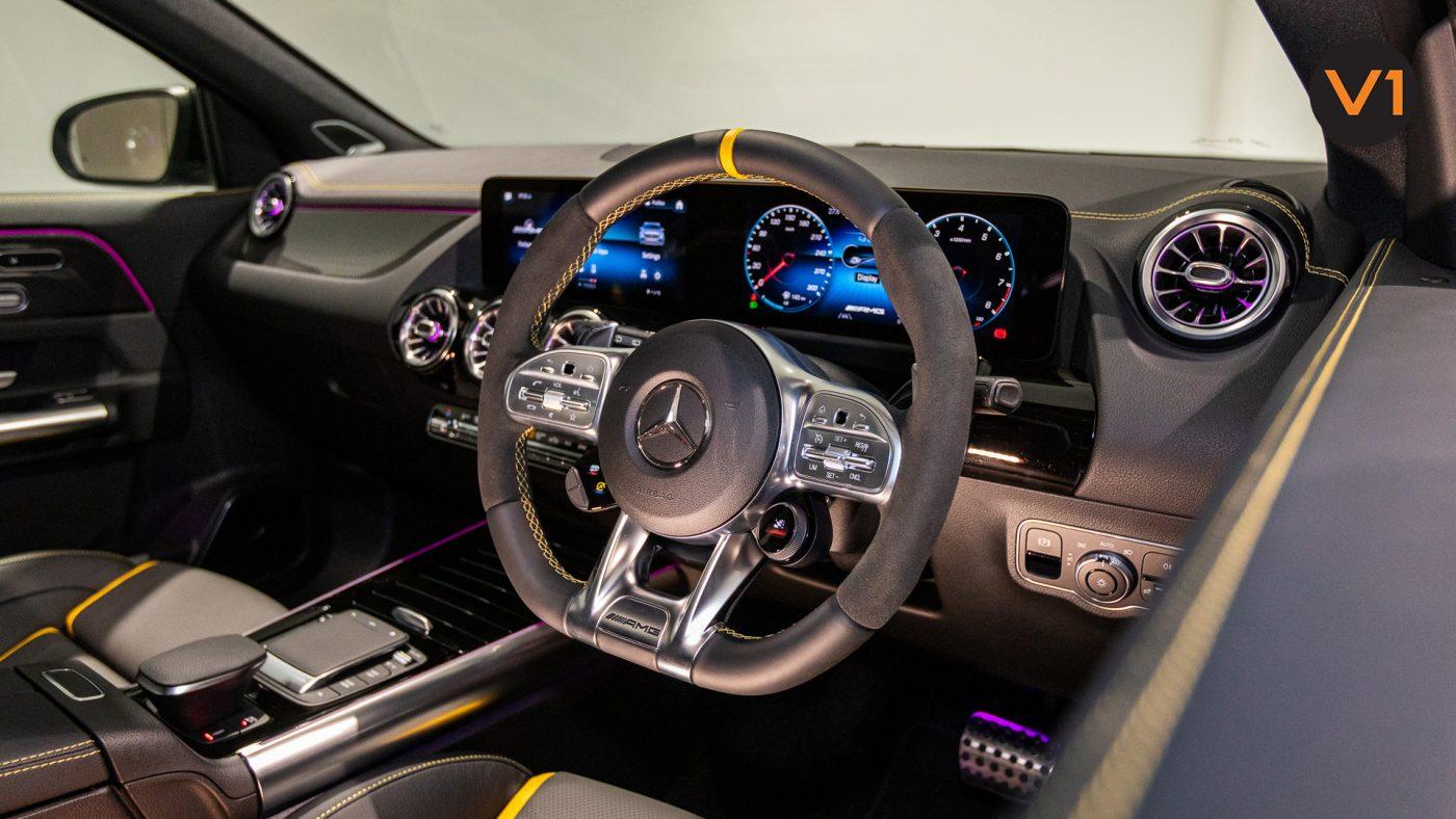 Mercedes-AMG GLA45 S 4Matic+ Plus - AMG Performance Steering Wheel