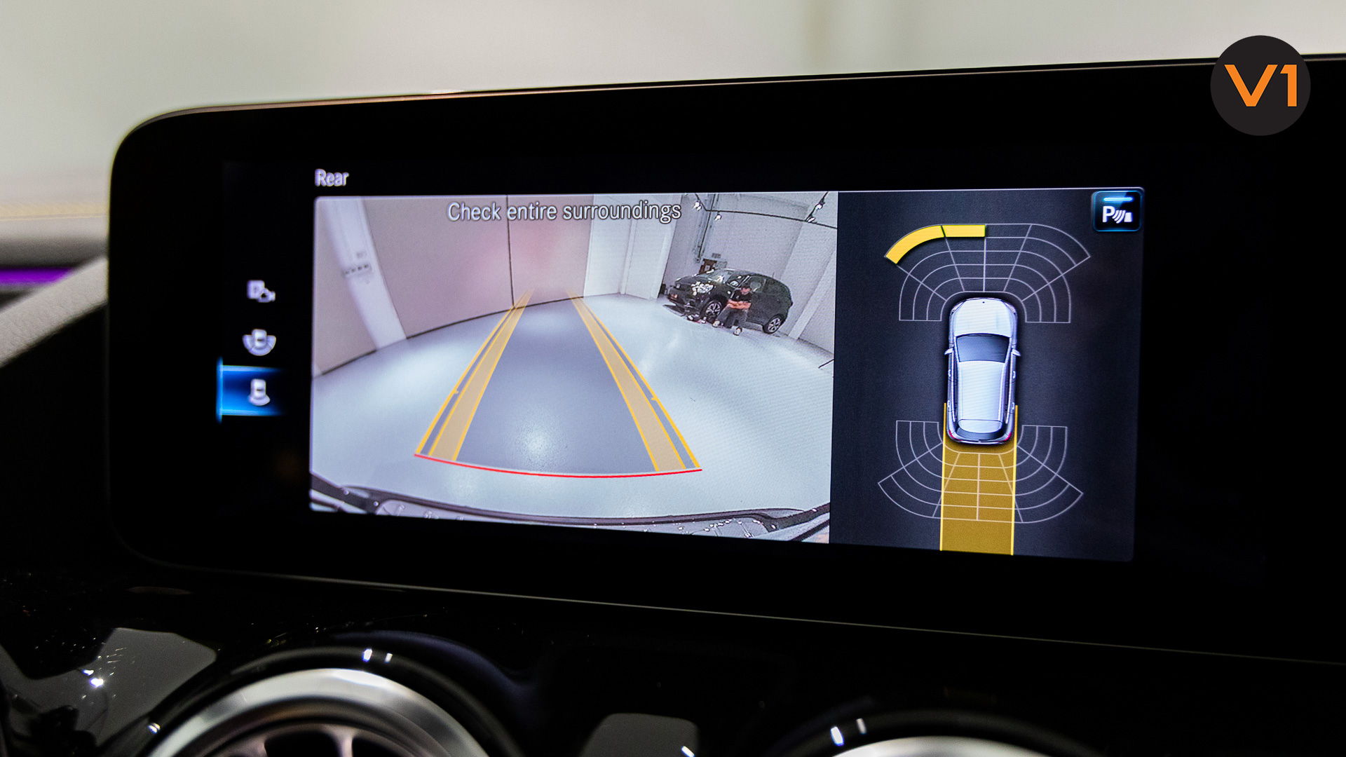 Mercedes-AMG GLA45 S 4Matic+ Plus - Park Assist