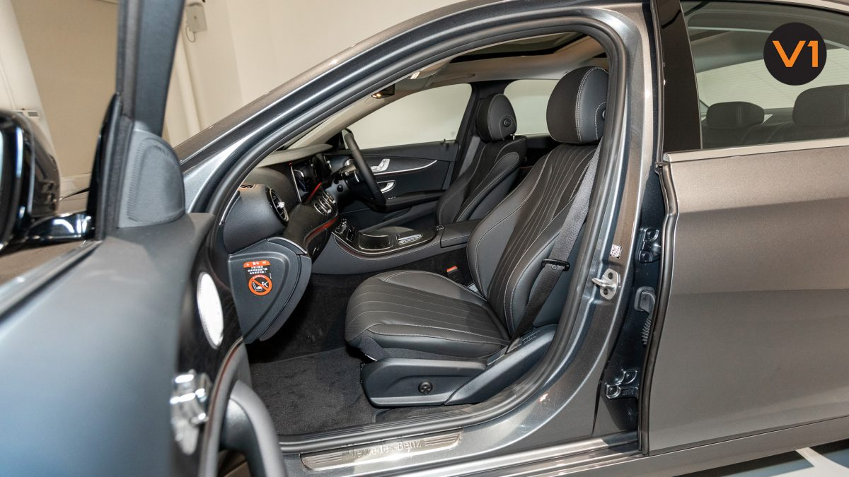 Mercedes-Benz E200 Saloon AMG Luxury (FL2021) - Front Passenger Seat