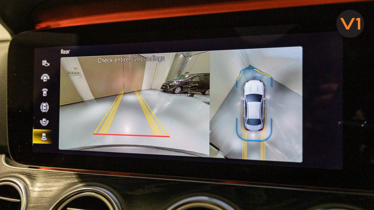 Mercedes-Benz E200 Saloon AMG Luxury (FL2021) - Parking Assist