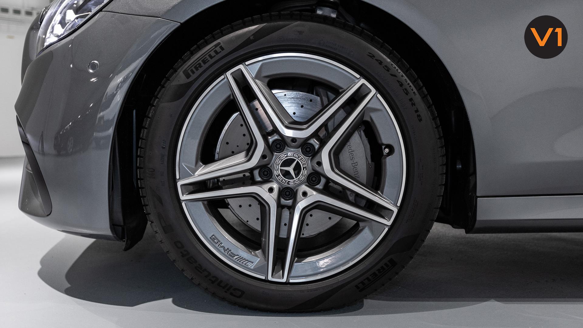 Mercedes-Benz E200 Saloon AMG Luxury (FL2021) - Wheels