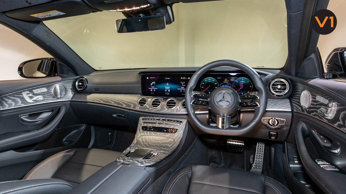 Mercedes-Benz E220d Saloon AMG Line Night Edition Premium Plus (FL2021) - Interior Dashboard