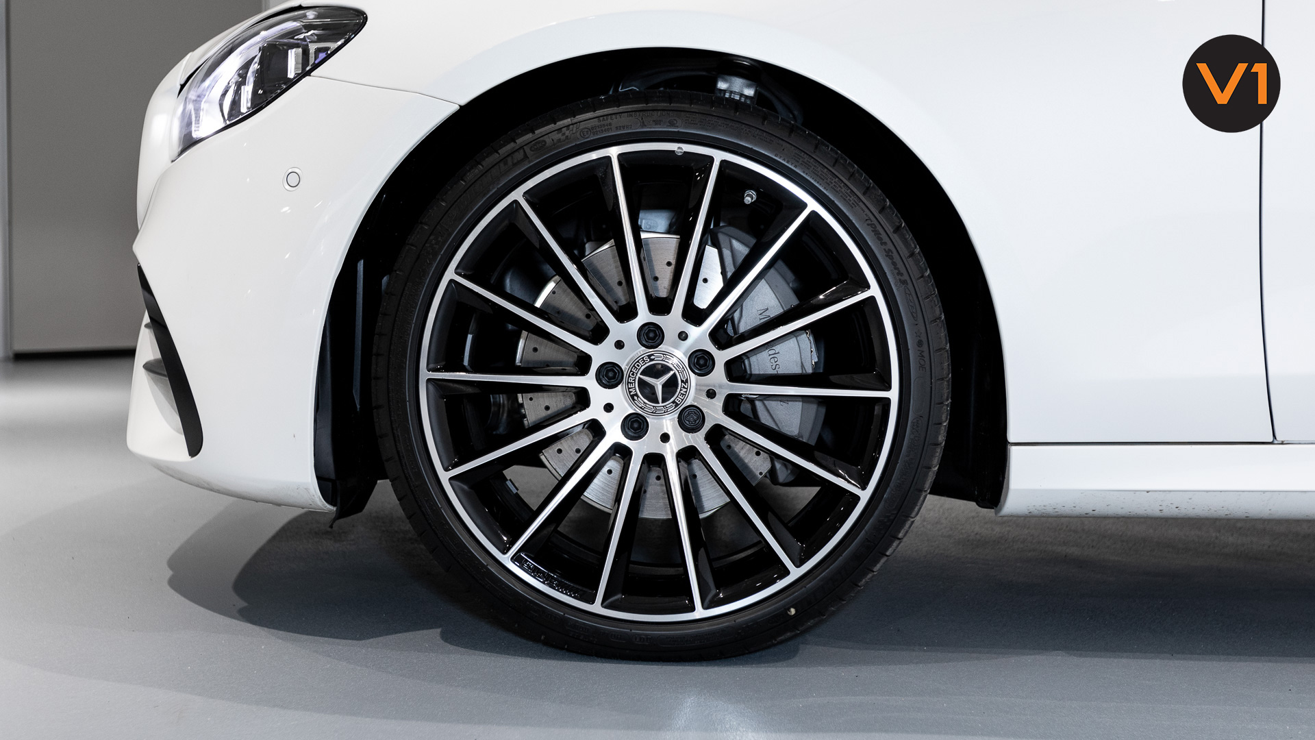 Mercedes-Benz E220d Saloon AMG Line Night Edition Premium Plus (FL2021) - Wheels