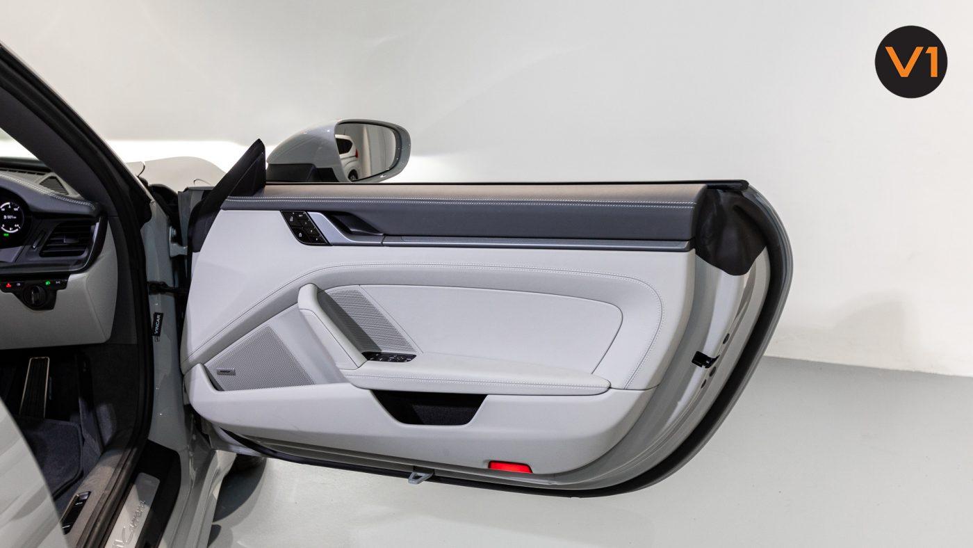PORSCHE 911 CARRERA CABRIOLET (CRAYON) - Door Profile