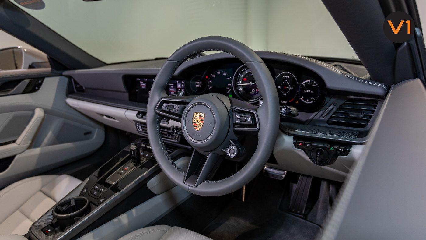 PORSCHE 911 CARRERA CABRIOLET (CRAYON) - Steering Wheel