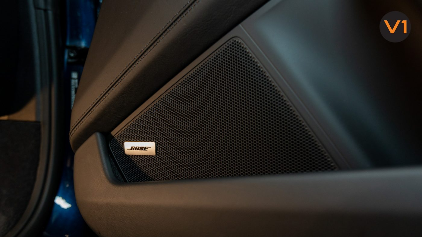 Porsche 911 Carrera Cabriolet - BOSE Surround Sound System