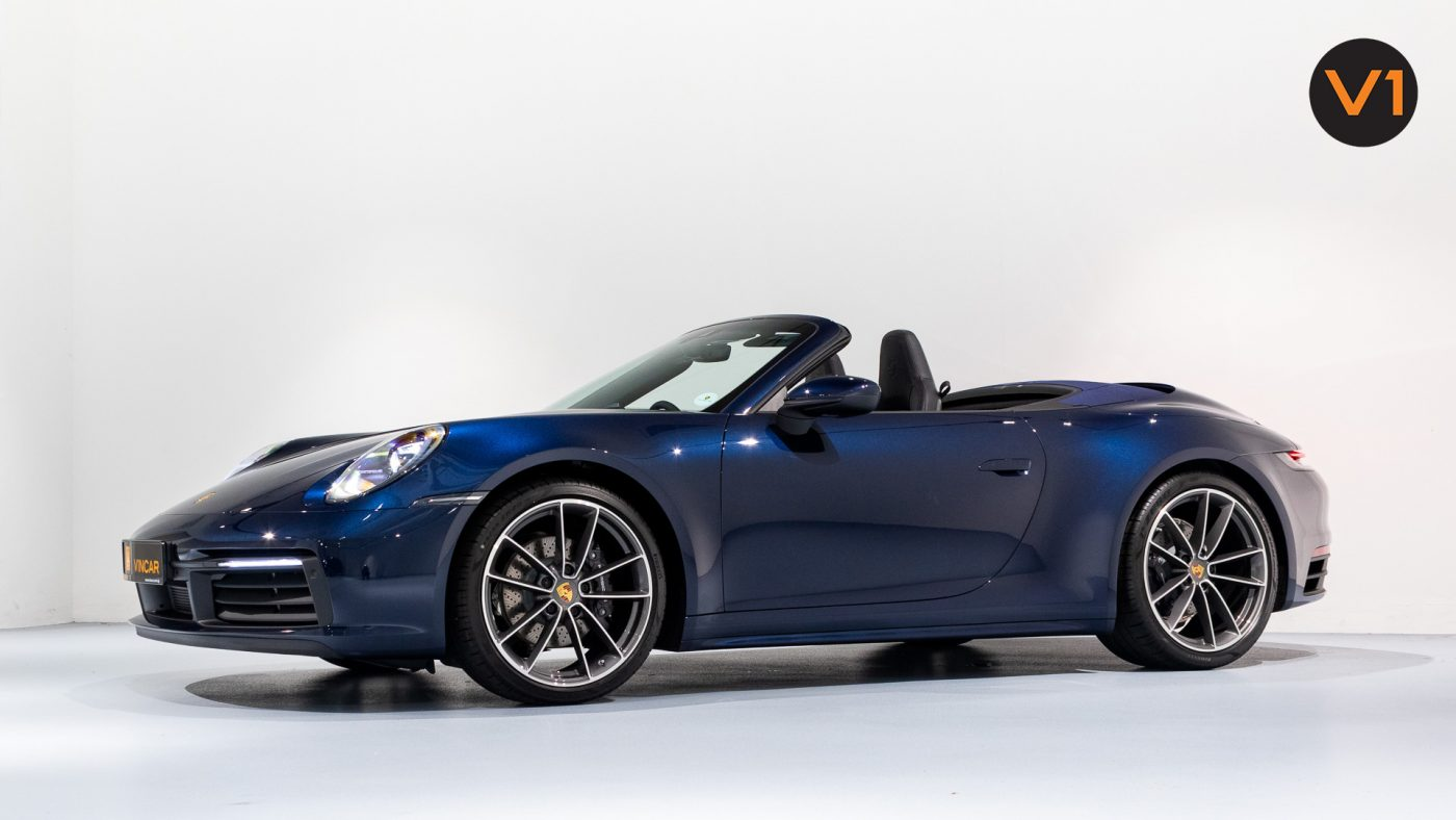 Porsche 911 Carrera Cabriolet - Side Profile
