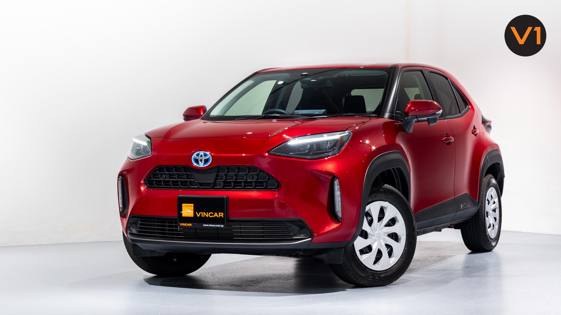 Toyota Yaris Cross X Hybrid - Front Angle